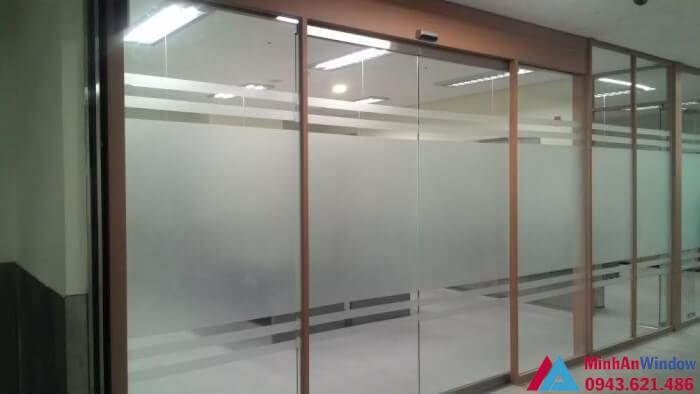 Hệ thống cửa trượt tự động