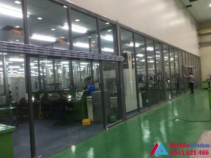 Khung sắt thép đươc áp dụng trong hệ thống cửa ,vách kính nhà máy