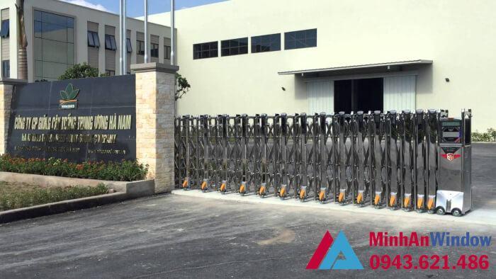 cổng xếp tự động tòa nhà trung cư