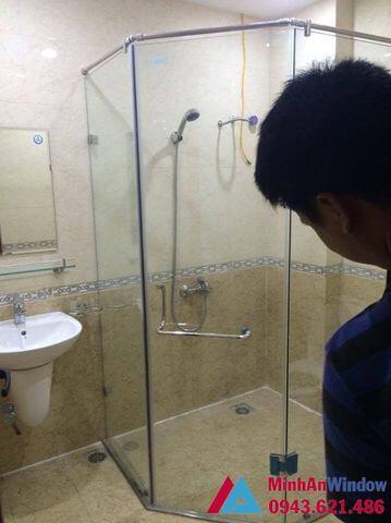 mẫu cabin phòng tắm 135 độ 5