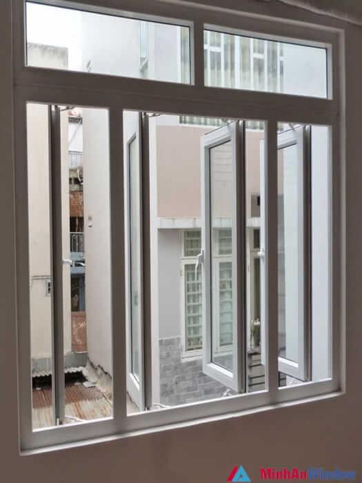 Mẫu cửa sổ nhôm kính 4 cánh