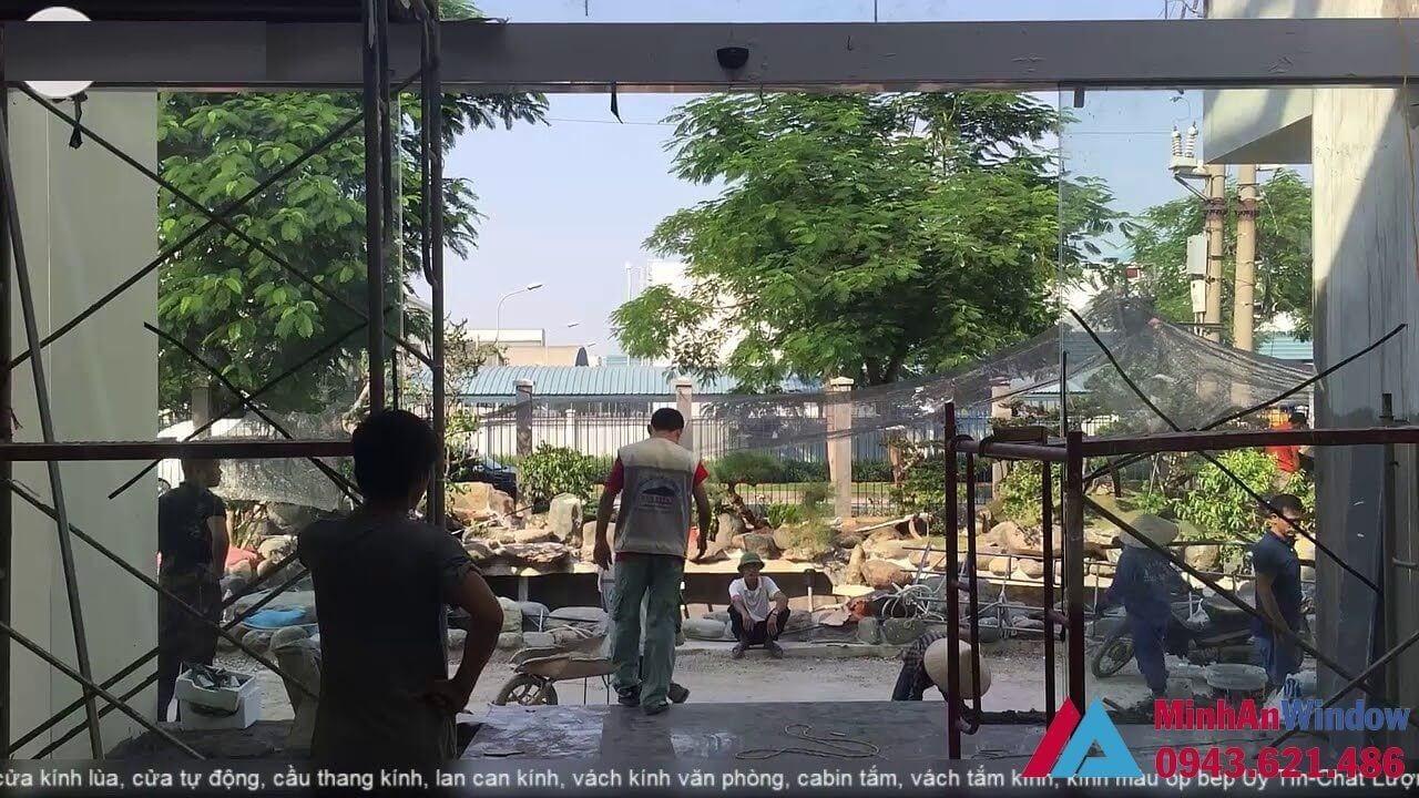 Thi Cong Cua Tu Dong Khu Cong Nghiep Bac Ninh
