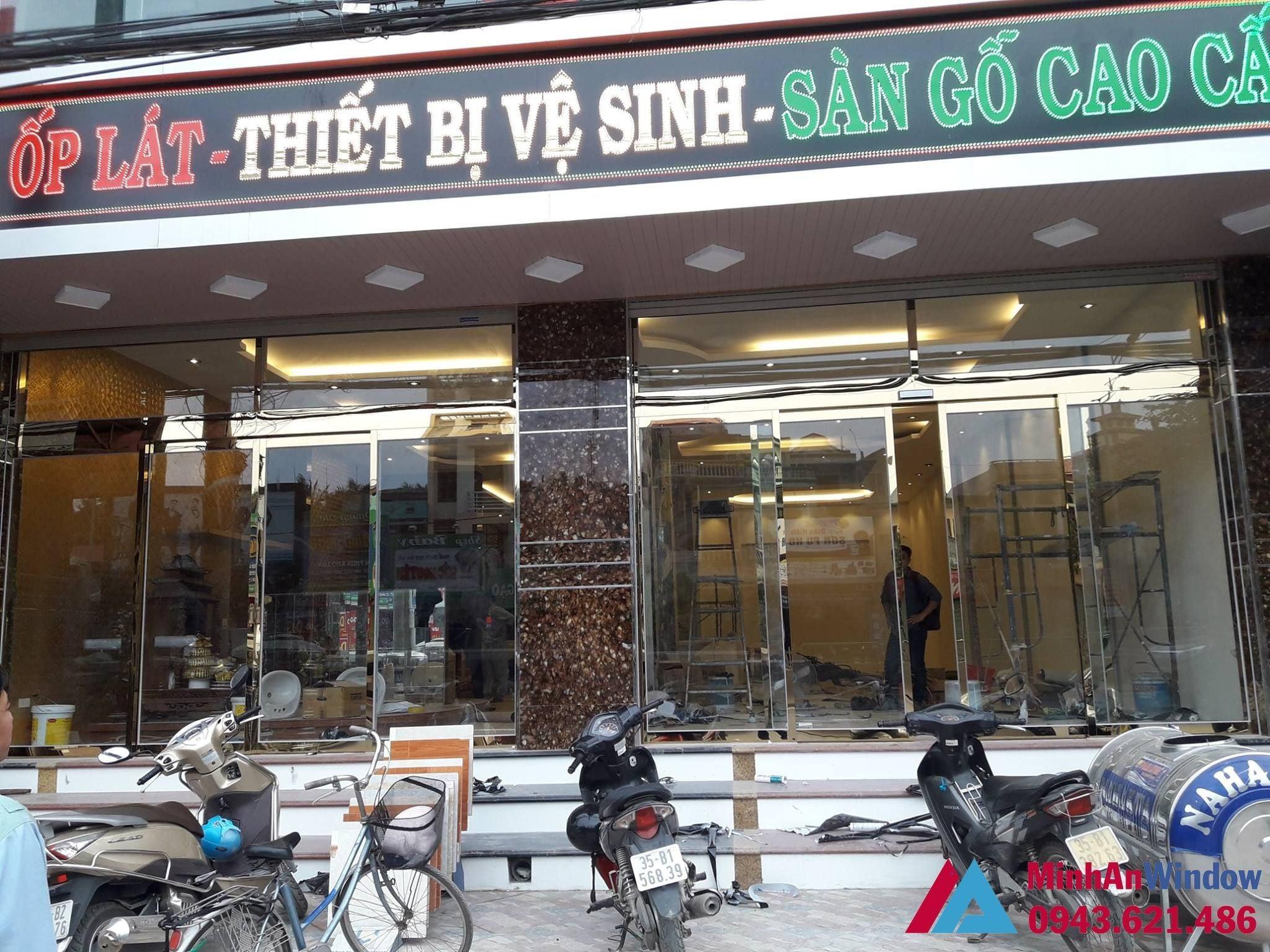 Cua Kinh Inox Vang Guong 04