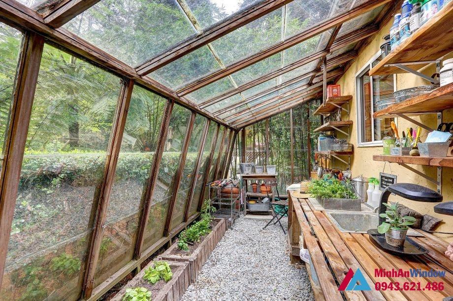 Mái kính khung gỗ cao cấp tại Thái Nguyên