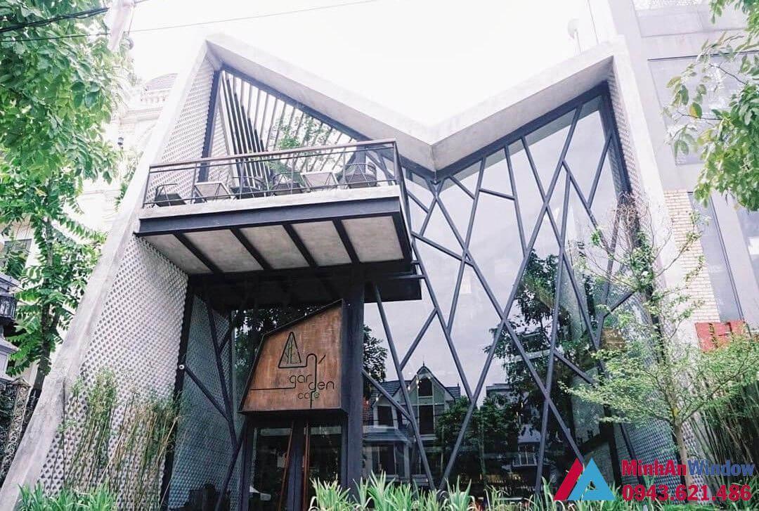 Quan Cafe Khung Thep Kinh 1