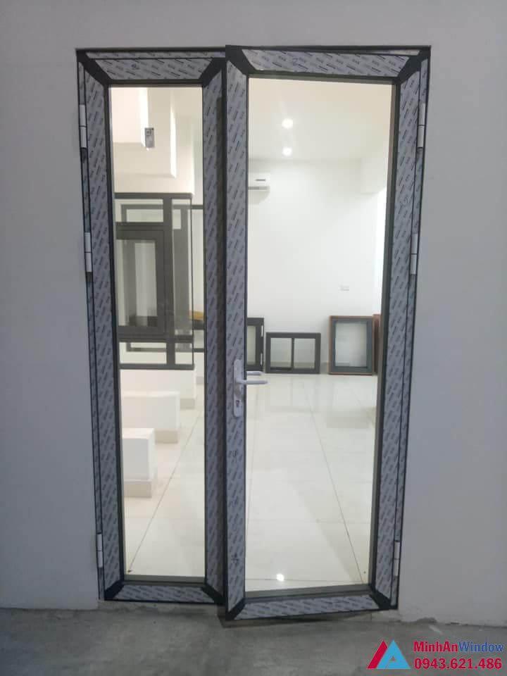 cửa đi 2 cánh nhôm Hopo