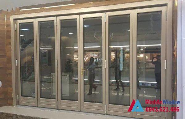 cửa kính khung nhôm xếp gấp 6 cánh