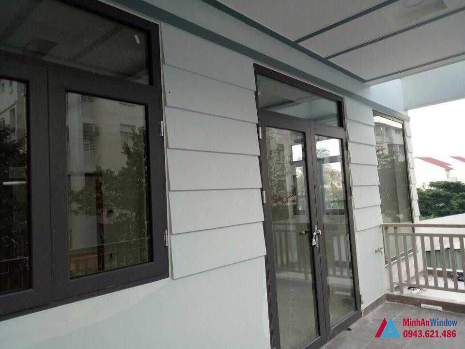 Cửa Nhôm Kính Việt Pháp 4500