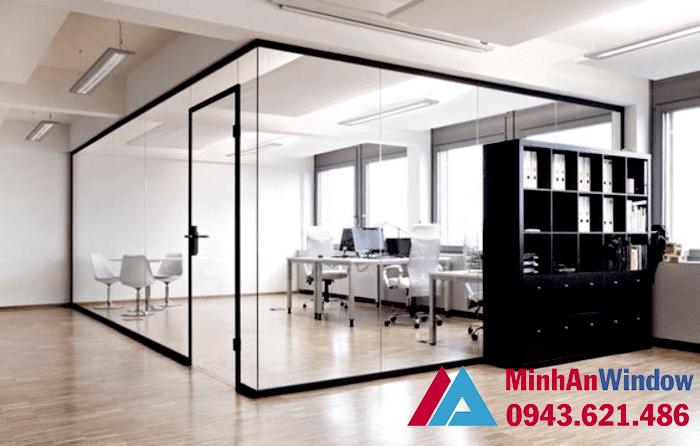 Vách kính khung sắt cao cấp cho các văn phòng