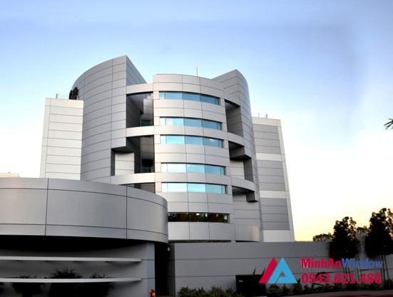 Tấm nhôm Aluminium cao cấp mang lại sự đẳng cấp và hiện đại cho các tòa nhà