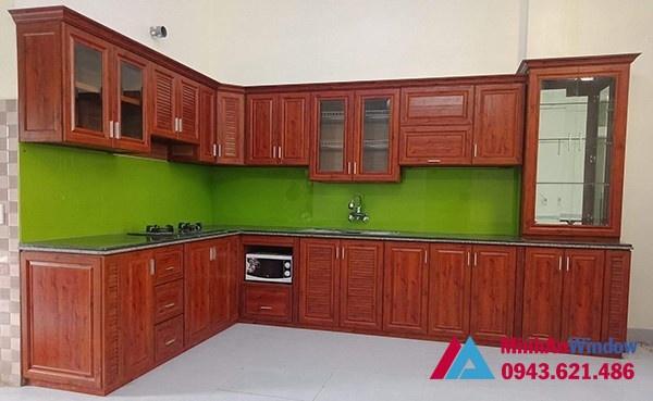 Mẫu tủ bếp nhôm kính - Nhôm vân gỗ đẹp