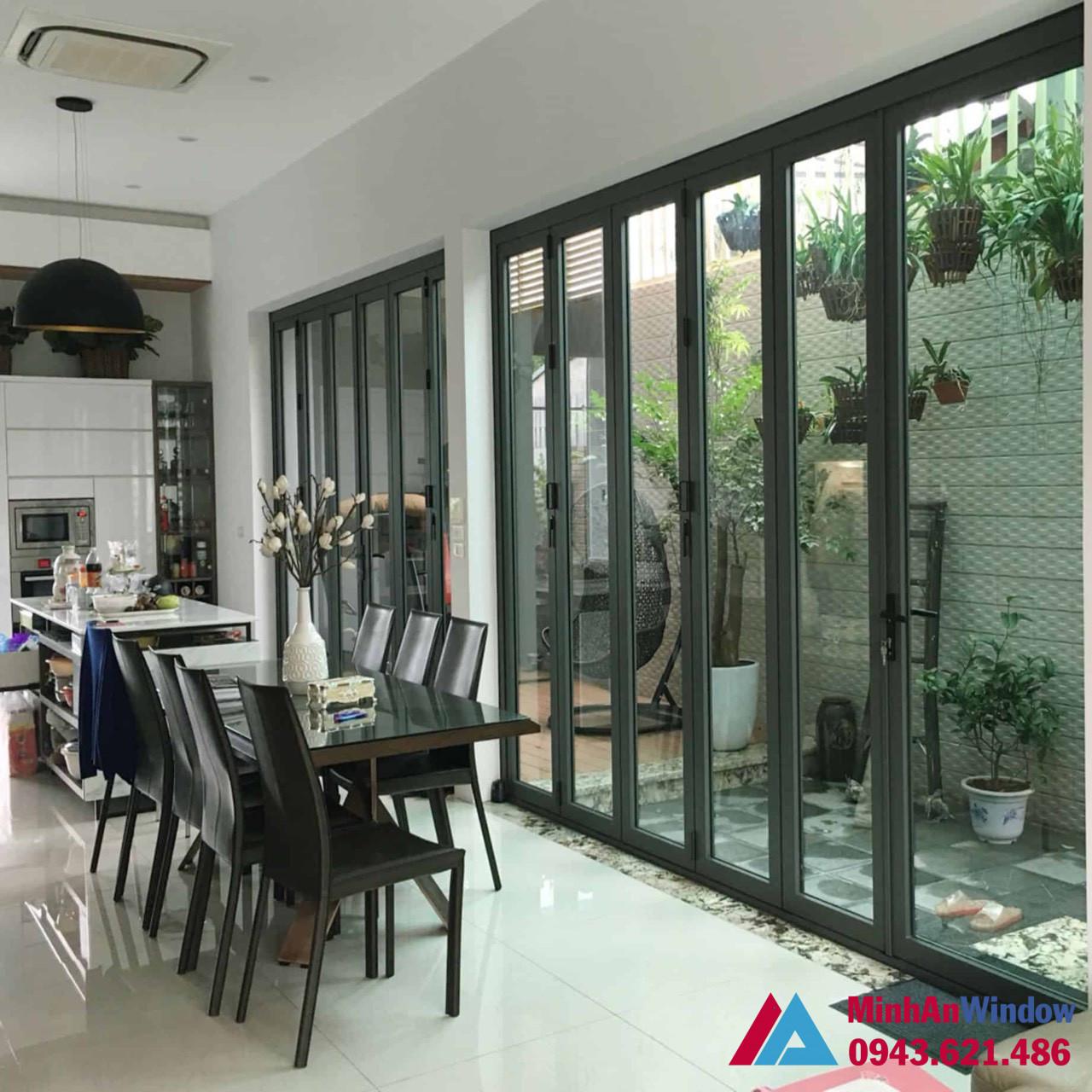 Phòng khách sử dụng cửa nhôm kính JMA