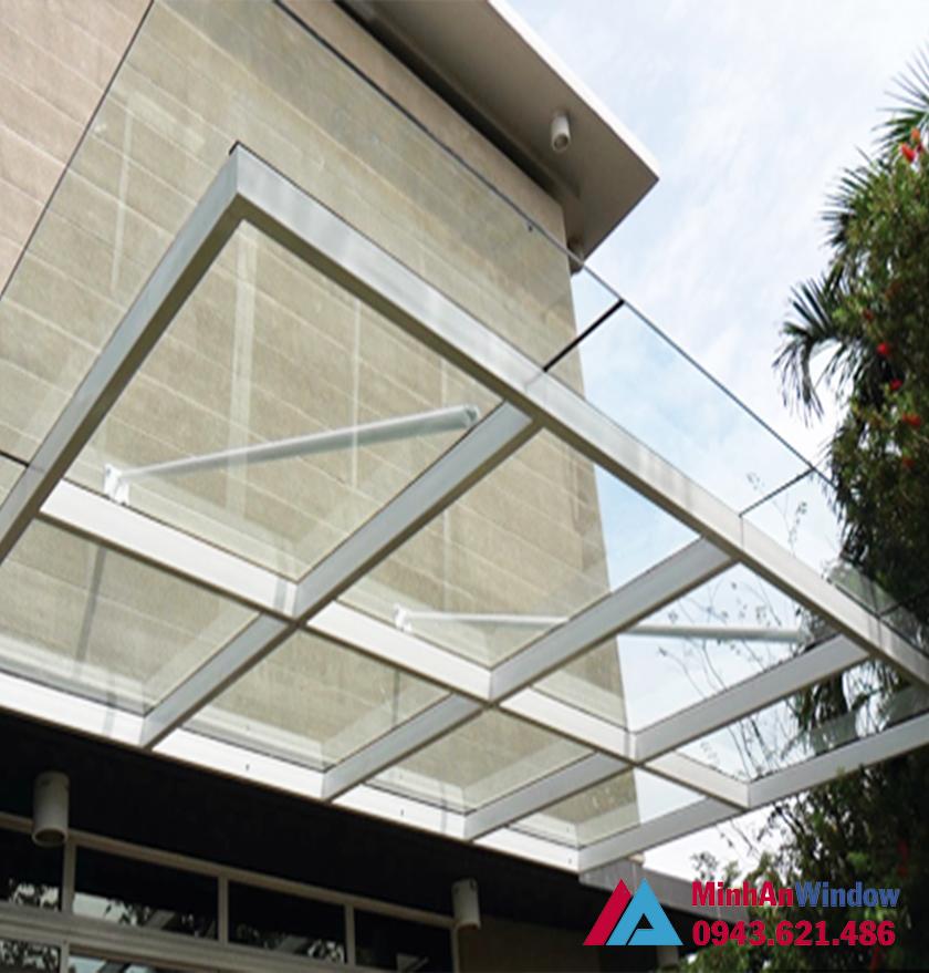 Mái sảnh kính cường lực khung nhôm - Minh An Window đã thi công