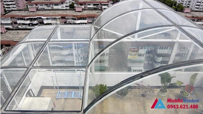 Mái vòm kính cường lực tầng thượng