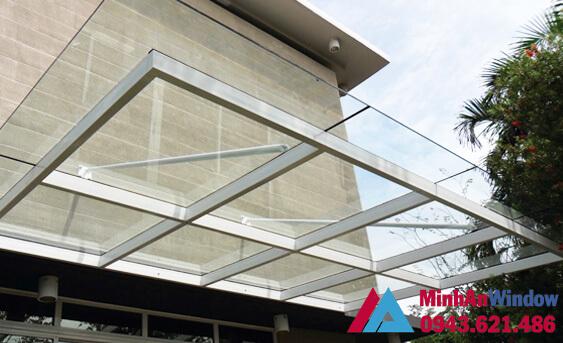 Mẫu mái kính lắp cho công trình nhà ở đẹp, đơn giản