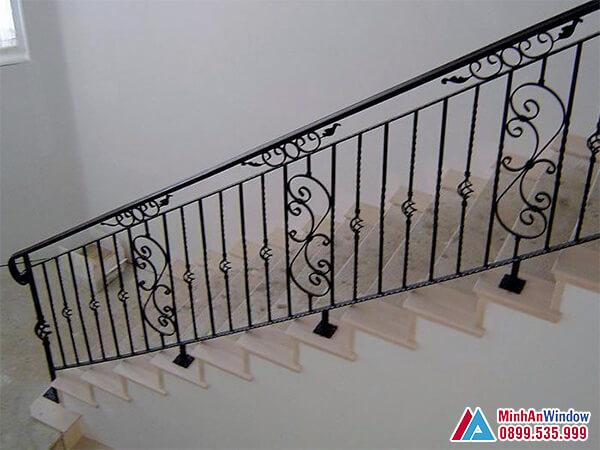 Cầu thang sắt mỹ thuật cao cấp chất lượng số 1 Việt Nam - Minh An Window đã thi công