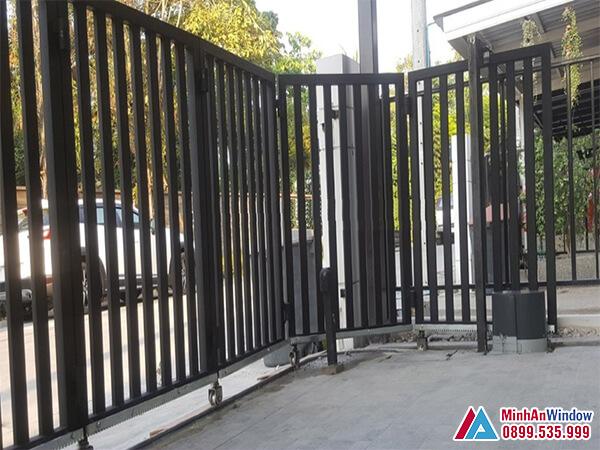 Cửa cổng trượt cung tròn cao cấp - Minh An Widow đã thi công