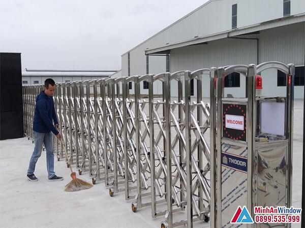 Cổng xếp tự động lớn cao cấp - Minh An Window cung cấp và lắp đặt