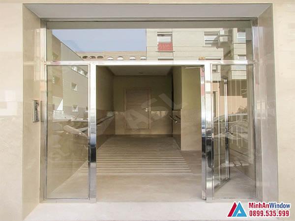 Cửa kính khung inox cao cấp tại Hòa Bình - Minh An Window đã thi công