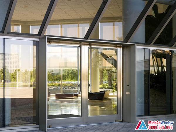 Cửa kính khung inox tại Hòa Bình - Minh An Window đã thi công