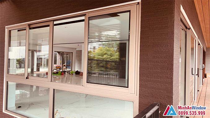 Cửa sổ cửa nhôm cao cấp lùa đẹp cho phòng khách - Minh An Window đã thi công