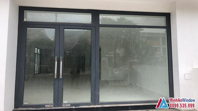 Cửa nhôm kính khu công nghiệp 4 cánh cao cấp chất lượng màu xám - Minh An Window đã thi công