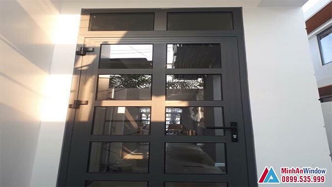 Cửa nhôm kính PMA 1 cánh phổ biến - Minh An Window đã thi công