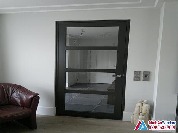 Cửa sắt 1 cánh kính cường lực cao cấp chất lượng - Minh An Window đã thi công