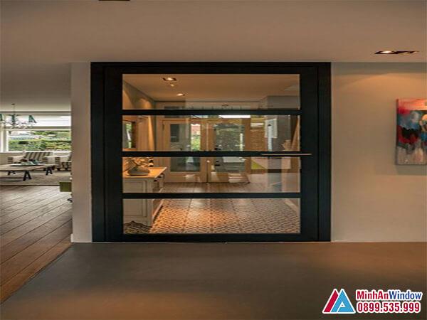 Cửa kính khung sắt 1 cánh đẹp cho phòng khách - Minh An Window đã thi công
