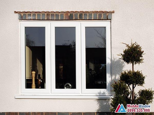 Cửa sổ nhôm kính 3 cánh đẹp đơn giản được nhiều khách hàng lựa chọn - Minh An Window đã thi công