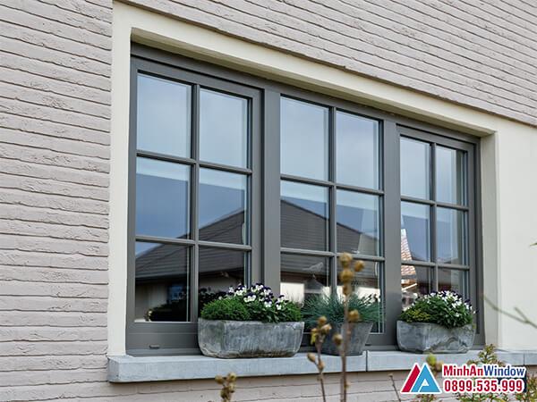 Cửa sổ nhôm kính 3 cánh trượt đẹp và phố biến 2021 - Minh An Window đã thi công