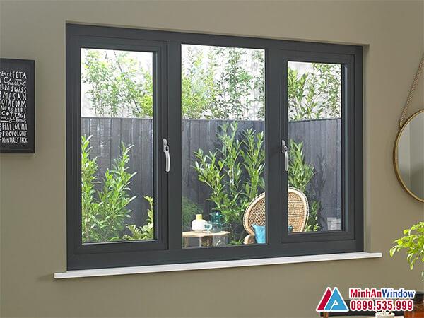 Cửa sổ nhôm kính mở quay cho phòng khách - Minh An Window đã thi công