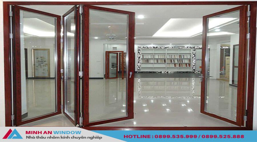 Cửa xếp gấp trượt Xingfa màu trắng cho các biệt thự cao cấp - Minh An Window đã thi công