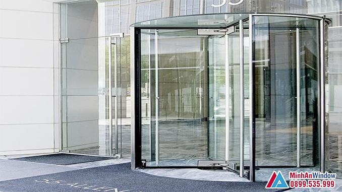 Cửa Tự Động Cánh Xoay Cao Cấp Chất Lượng - Minh An Window Đã Thi Công