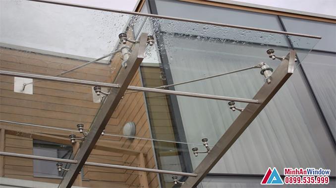 Mái Kính Khung Inox Chân Nhện Cao Cấp - Minh An Window Đã Thi Công
