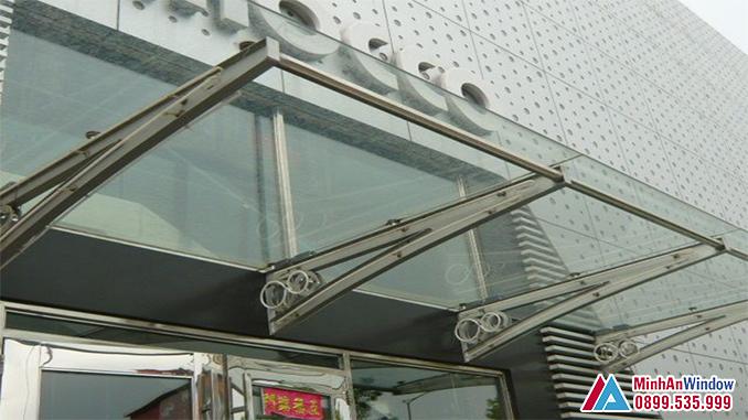 Mái Kính Khung Inox Cho Các Tòa Nhà Văn Phòng - Minh An Window Đã Thi Công
