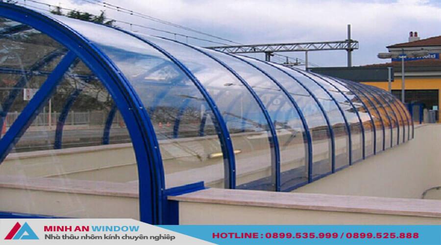 Tấm lợp thông minh mái vòm cho bể bơi cao cấp - Minh An Window đã thi công