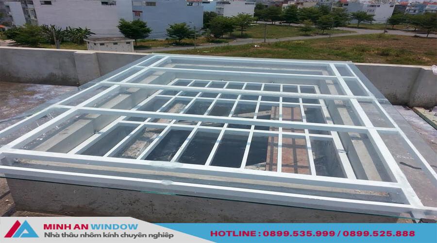 Mẫu Tấm lợp thông minh Polycarbonate rỗng ruột đủ chủng loại và màu sắc - Minh An Window đã thi công