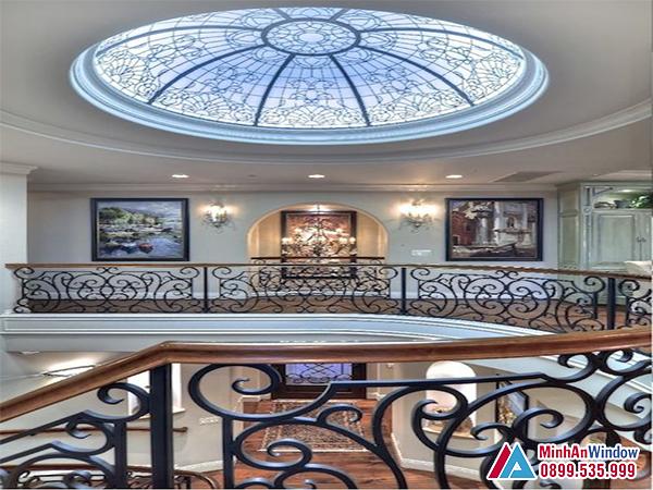 Mái kính giếng trời hoa văn cổ điển cho những biệt thự xa hoa lộng lẫy - Minh An Window đã thi công