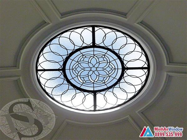 Mái kính cường lực hoa văn cổ điển cao cấp - Minh An Window đã thi công