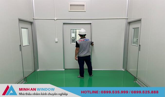 Mẫu cửa tự động phòng sạch Minh An Window lắp đặt tại các nhà máy