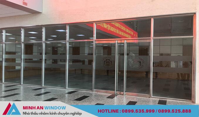 Mẫu cửa tự động khung inox Minh An Window lắp đặt cho nhà máy tại Nghi Sơn - Thanh Hóa