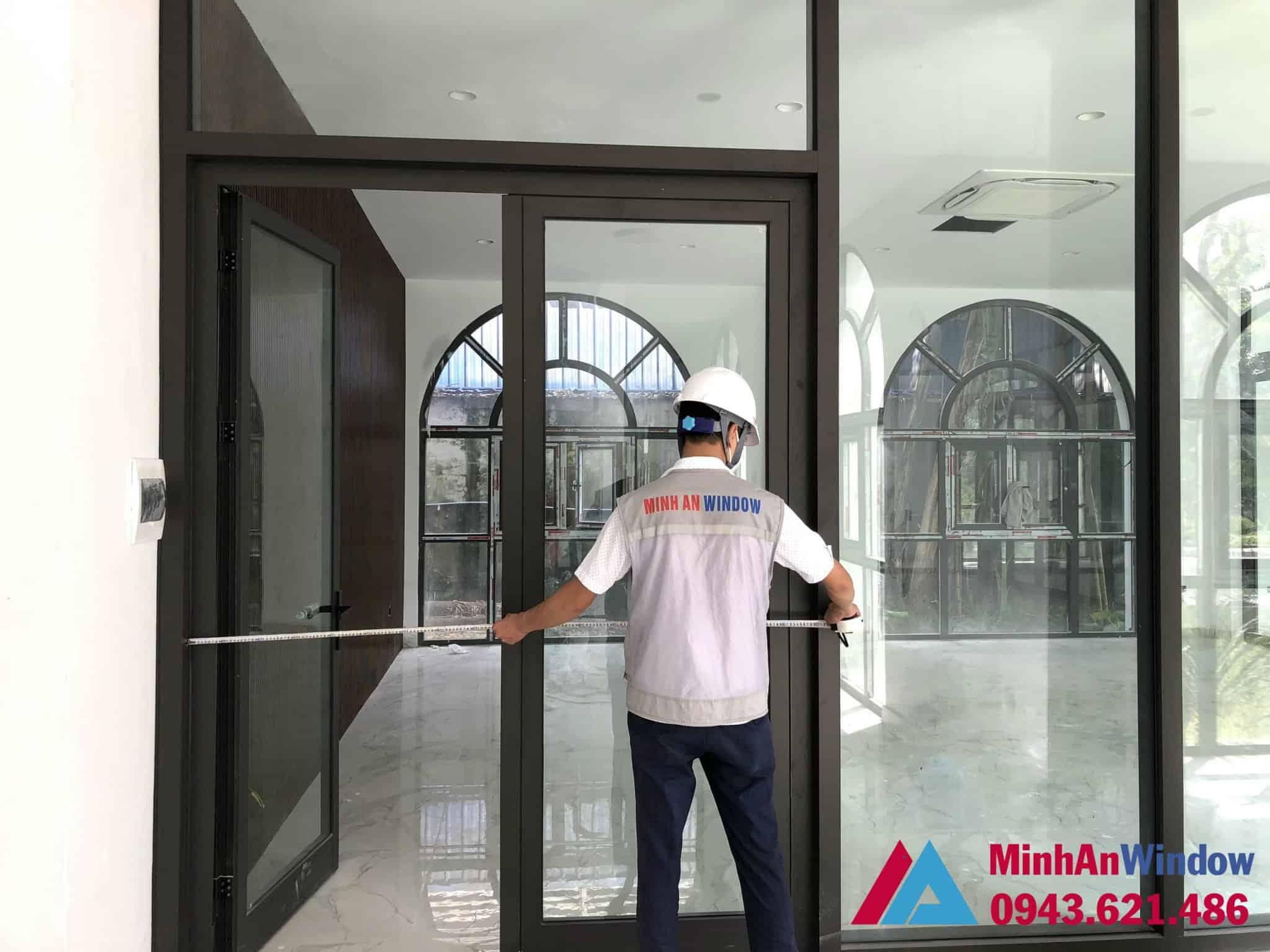 Mẫu cửa đi nhôm kính 2 cánh Minh An Window lắp đặt tại huyện Ba Vì