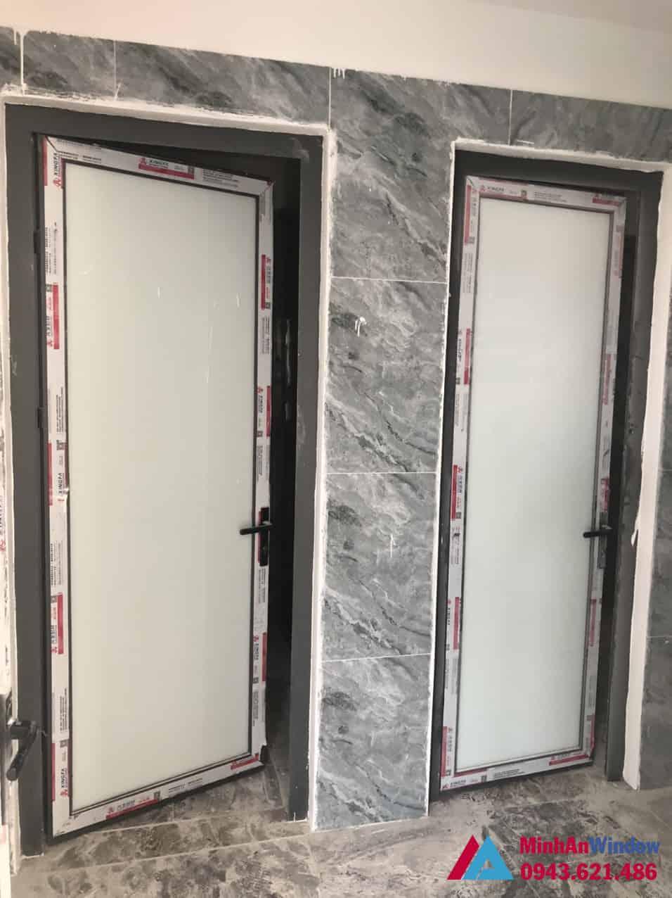 Mẫu cửa đi nhôm kính 1 cánh tại huyện Đông Anh do Minh An Window lắp đặt