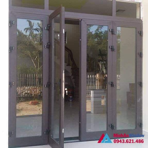 Mẫu cửa đi 4 cánh Minh An lắp đặt cho cho khách hàng tại huyện Gia Lâm - Hà Nội