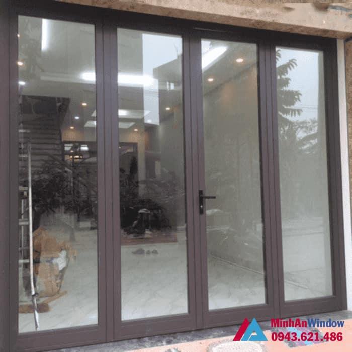 Mẫu cửa đi nhôm kính Minh An Window lắp đặt tại quận Long Biên