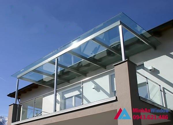 Mẫu mái kính sân thượng Minh An Window lắp đặt cho khách hàng tại huyện Đông Anh