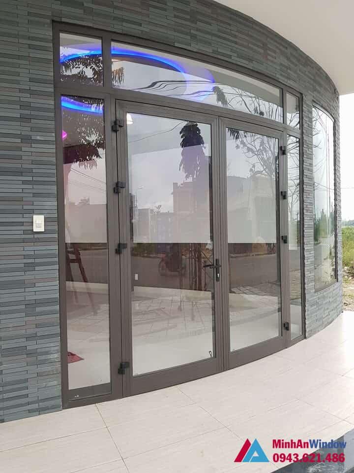 Mẫu cửa nhôm kính tại KCN Thạch Thất Quốc Oai do Minh An Window lắp đặt