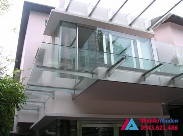 Mẫu mái kính Minh An Window lắp đặt tại huyện Gia Lâm
