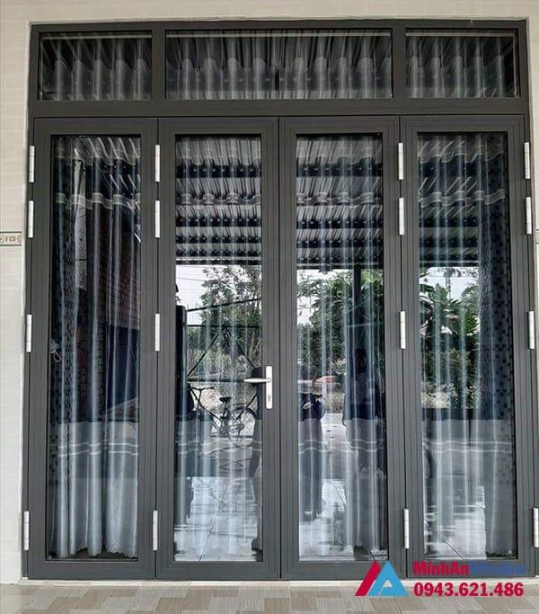 Mẫu cửa đi nhôm kính Minh An Window lắp đặt cho khách hàng tại huyện Phúc Thọ